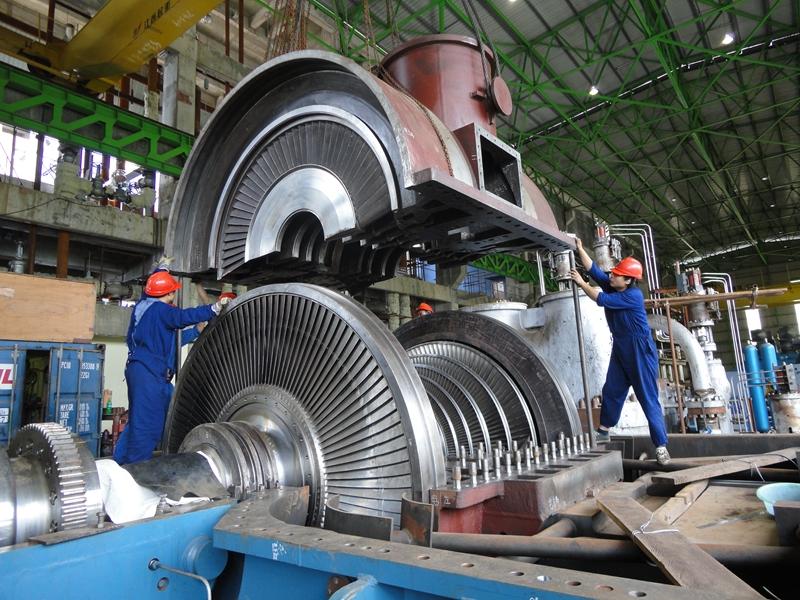 印尼巴拉旺項目-2011年12月23日,汽機扣蓋.JPG